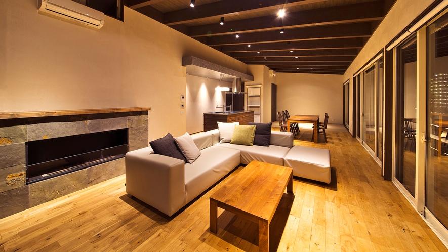 【DXスイート】<客室>総面積1,604㎡、客室温泉風呂(銀の湯)+プライベートプール