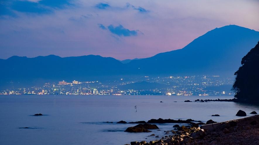 *美しい夜の大分の街
