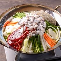 【レストランメニュー一例】ピリ辛の地だこ鍋♪
