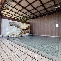 *【露天風呂(男湯)】大分初!飲泉OKなアルカリ性単純温泉のお湯です♪