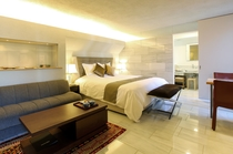 Deluxe King Room (2F)