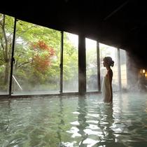 霧乃溶岩露天風呂の内湯(女性)