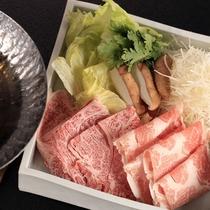 【D+KIRISHIMA】【肉料理/夕食一例】黒毛和牛と神話豚のしゃぶしゃぶ