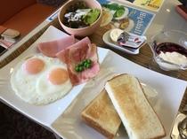 朝食:洋食