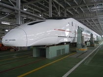 新幹線車体上げの様子