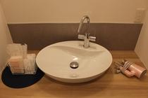 シャワー室洗面所