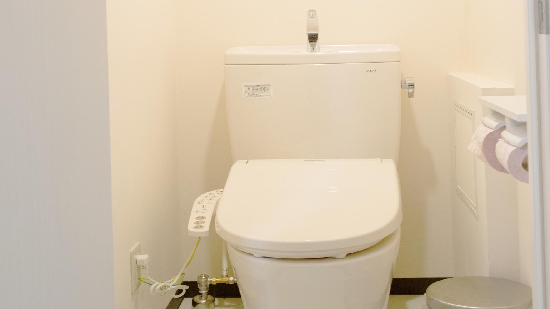 トイレ(ファミリールーム)