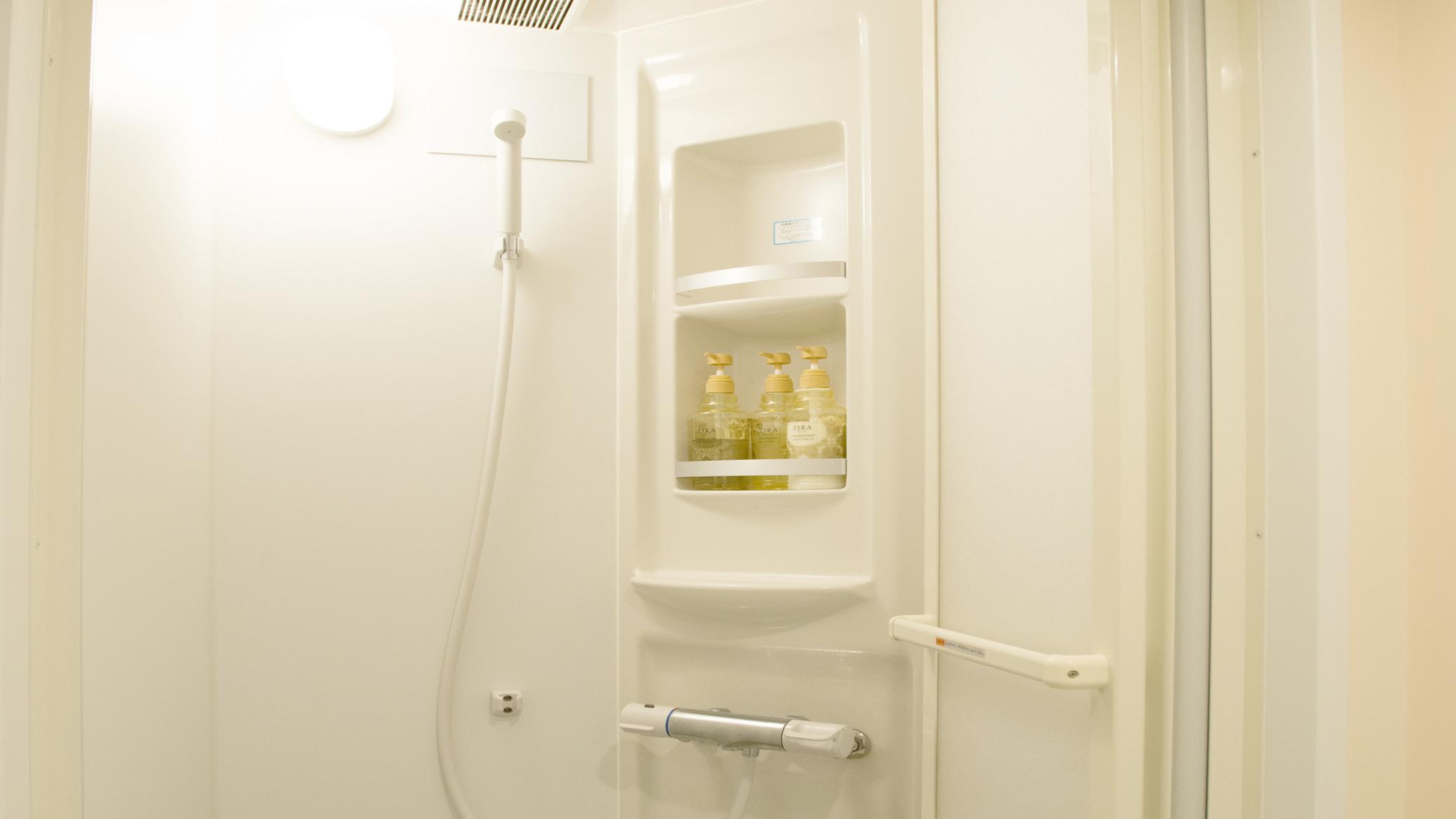 シャワー(ツインルーム)