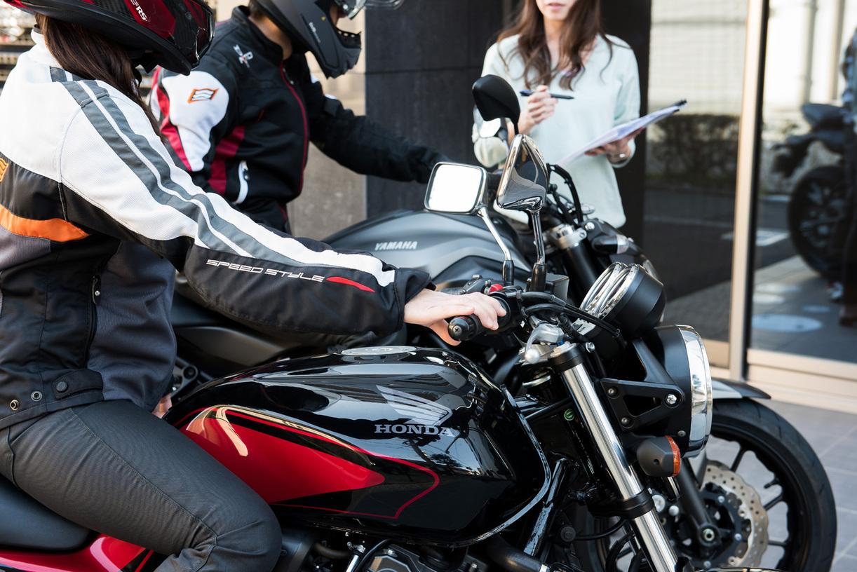 ホテルからレンタルバイクで出かけることができます!