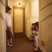 個室8人部屋