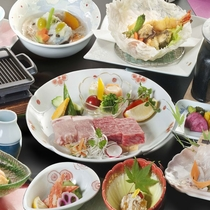 伊予牛&媛ポークを使用したWステーキがメイン♪お料理イメージ