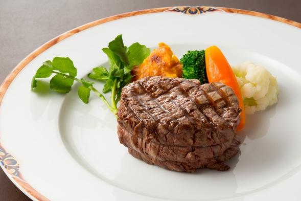 ■グレードアップ■メイン料理の地元山本の<南信州牛>が角切りステーキにグレードUP!