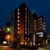 ◆ホテル外観◆夜