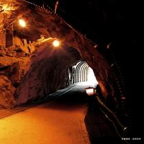 戦国時代に開拓された生野銀山の坑道内。