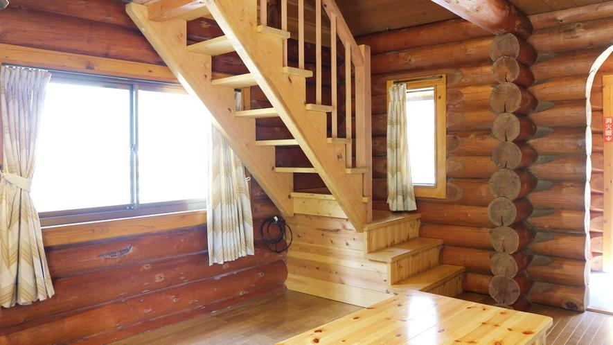 *[コテージ一例]木のぬくもりが優しい、2階建てのログハウス風コテージ