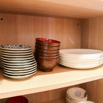 *【コテージ/食器一例】各種食器も揃えておりますので室内でのお食事も安心