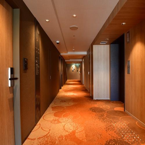 客室廊下(3〜8階)