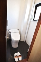 温水洗浄機付トイレ【共有設備】