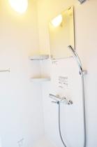 シャワールーム【全室完備】