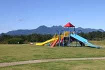 隣接するユートピア赤城敷地内にある公園