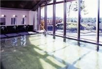 【男性内湯】なめらかな泉質の天然温泉