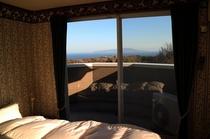 ベランダ付き客室(ツインベッドルーム、ベランダ付きシングルルーム)からの眺め