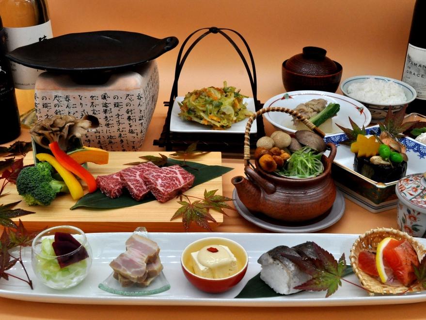 ご夕食の一例。休暇村自慢の会席料理