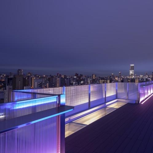 【スカイラウンジ】からは日本一高いビル・あべのハルカスも一望できます。