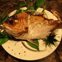 お祝い事にどうぞ!「鯛の塩焼き」※要事前予約