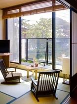 【別邸】半露天風呂付き和洋室(誕生寺側・バリアフリー仕様)眺望