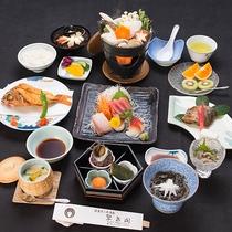 *【夕食一例】「スタンダード」駿河湾で獲れた鮮魚が中心のお料理。海鮮好きのお客様にオススメです。
