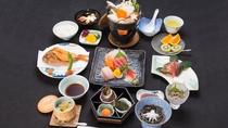 *【夕食一例/スタンダードコース】駿河湾で獲れた鮮魚が中心のお料理。海鮮好きのお客様にオススメです。