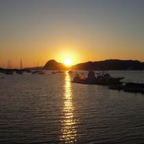 柿崎海岸から見る夕日