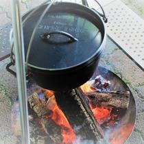 焚火でディナー(鍋)