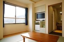 【新館】和室8畳(西向き海側)|岩盤浴付きシャワールーム