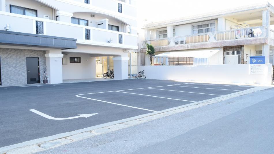 ◆HOTEL385 - ホテル裏駐車場【18台分】