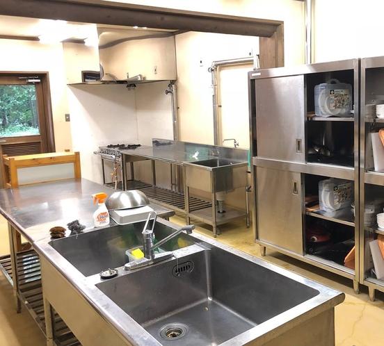 クラブハウス(宿泊者共用施設)共用キッチン
