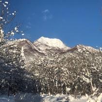 冬の妙高山