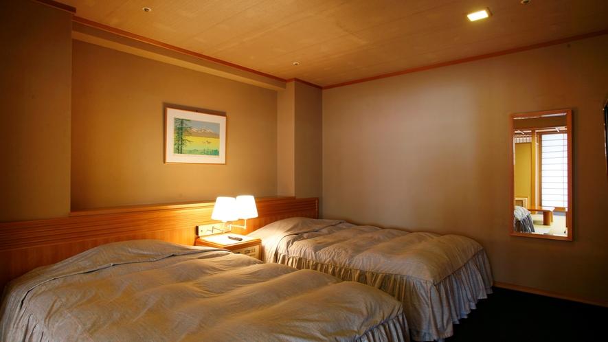 【庭園露天風呂付特別室72平米/「浅緋」】