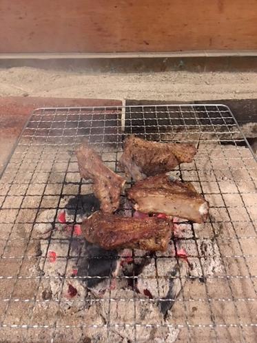 炭火焼(スペアリブ)