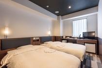 『客室』 ◇ツインA◇ 広さ18.52㎡ / ベッド幅110㎝ × 2台 <禁煙>