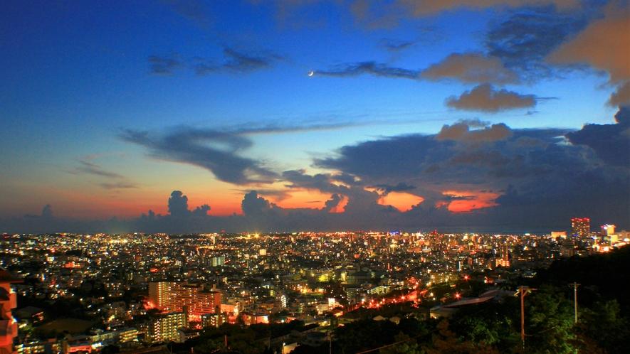 【プレミアラウンジ】プレミアラウンジからの夜景イメージです。
