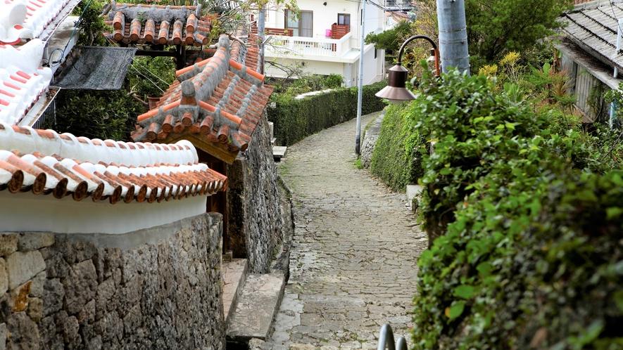 【金城町石畳】ホテルから徒歩圏内の首里の文化が色濃く残るエリアです。