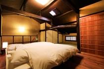 東対 2階 ベッドスペース