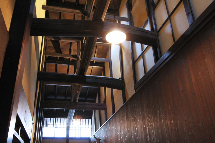 1階 天井の梁
