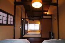2階 ベッドルーム