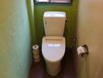 2階の共用トイレ