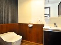 【フロント側2F・洗浄機付トイレ】