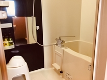 ◆バスルーム◆ツインルーム、ファミリールームはバス、トイレセパレートタイプとなっております。