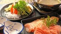 川俣シャモのしゃぶしゃぶ_噛みしめるごとに旨味が広がる。福島ブランド地鶏をぜひ!